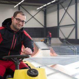 professionelle Bodenreinigung in und um Stuttgart von unserem Team der Bauer Gebäudereigung
