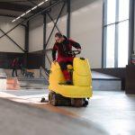 Bodepfflege und Reinigung einer Industrieanlage