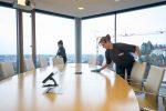 Wir bieten kompletten Gebäudereinigungs- und Büroservice an. Dazu gehört auch Konferenzräume herrichten,
